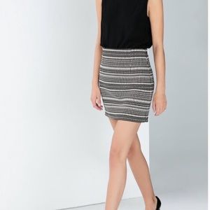 Zara Woman Embroidered Black & White Mini  Skirt
